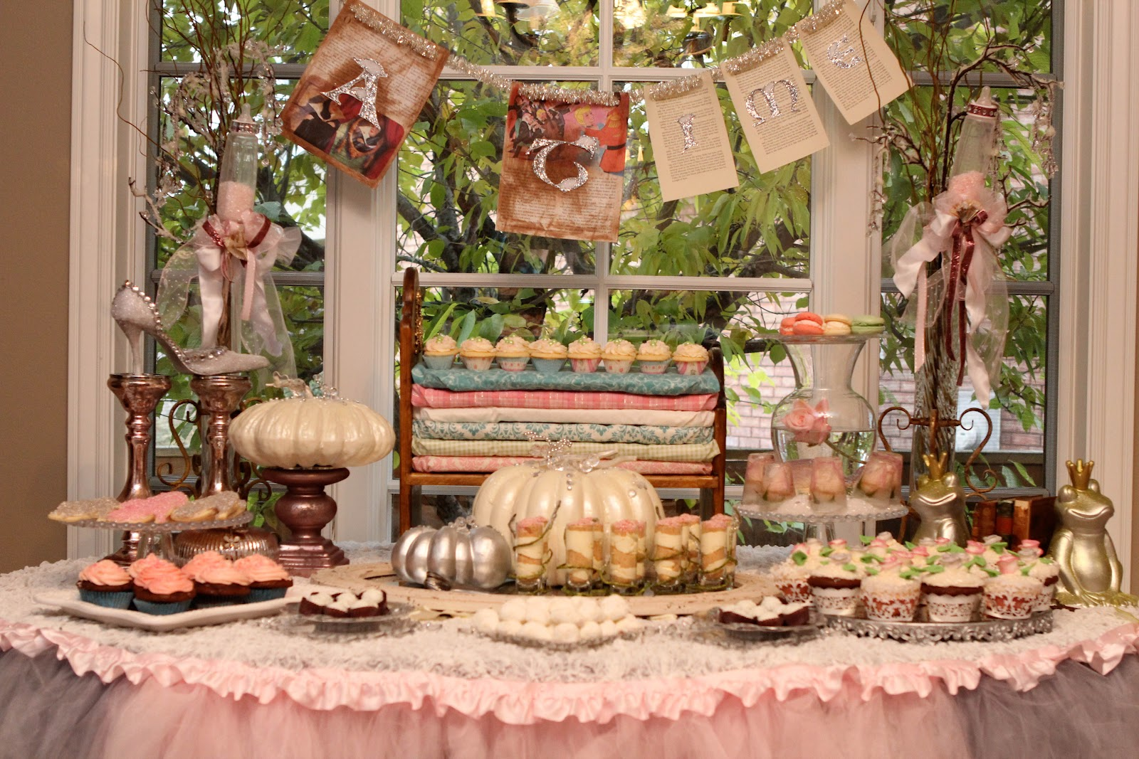 Easy and Simple Baby Shower Drink Ideas - Wine or Not?